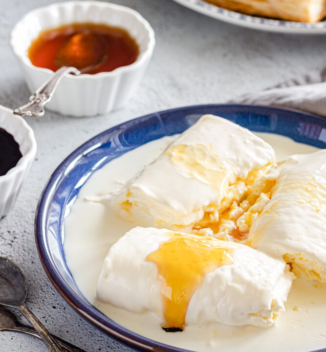 geymar or kaymak served with honey